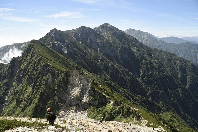 s-1025越えてきた山