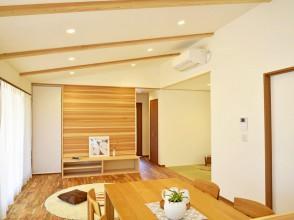 新築仲介物件 『平家×天然素材の家』 婦中町笹倉地内 随時お見せできます。
