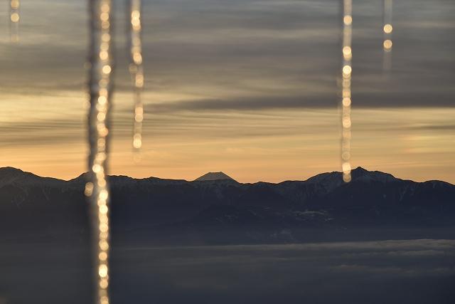s-0642富士山とツララ