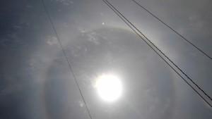 太陽の回りに輪